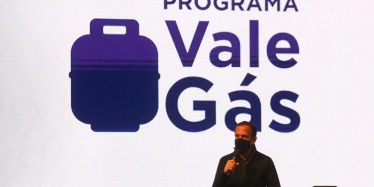 Vale-gás SP: Doria apresentando o Vale Gás